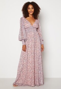 Goddiva Ditsy Long Sleeve Shirred Maxi Dress Blush Bubbleroom.se