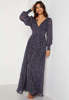 Goddiva Ditsy Long Sleeve Shirred Maxi Dress Navy Bubbleroom.se