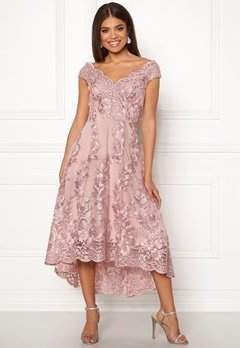 Goddiva Embroidered Lace Dress Blush Bubbleroom.se