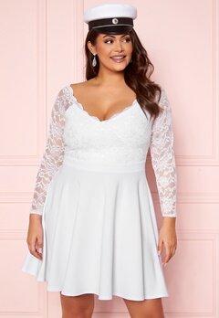 Goddiva Curve Long Sleeve Lace Trim Skater Curve Dress White Bubbleroom.se