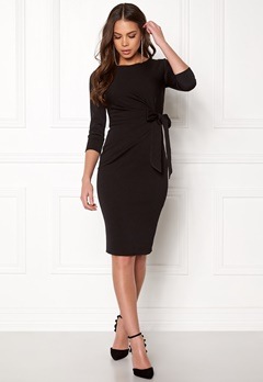 Goddiva Pleated Midi Tie Dress Black Bubbleroom.se