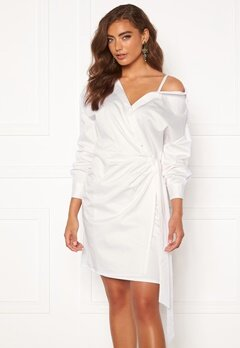 Guess Karyda Dress TWHT True White Bubbleroom.se