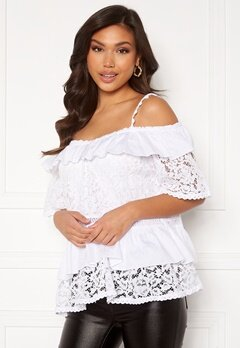 Guess SS New Olympia Top TWHT True White A000 Bubbleroom.se