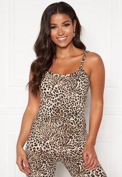 Happy Holly Ally singlet built in bra Leopard Bubbleroom.se