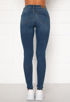 Happy Holly Amy push up jeans Medium denim Bubbleroom.se