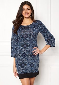 Happy Holly Belicia dress Black / Blue Bubbleroom.fi