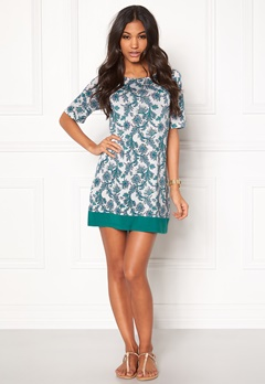 Happy Holly Belicia dress Patterned Bubbleroom.se