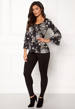Happy Holly Darlene top Black / Patterned Bubbleroom.dk