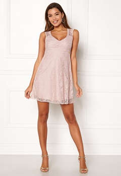 Happy Holly Della lace dress Dusty pink Bubbleroom.se