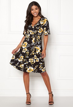 Happy Holly Diana dress Floral Bubbleroom.se