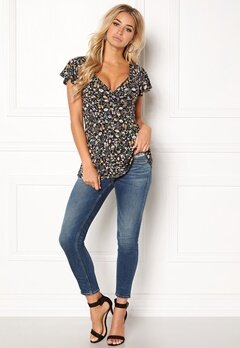 Happy Holly Emilia top Black / Patterned Bubbleroom.se