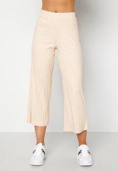 Happy Holly Emmy rib wide pants Light beige Bubbleroom.se