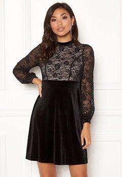 Happy Holly Filippa velour dress Black / Beige Bubbleroom.se