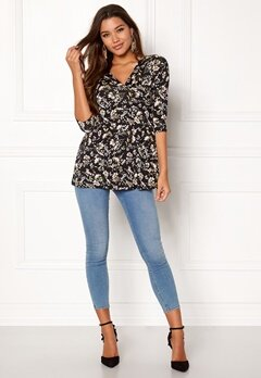 Happy Holly Gessica top Black / Patterned Bubbleroom.se