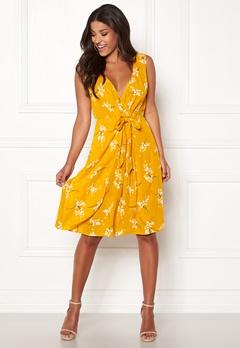Happy Holly Isla dress Patterned Bubbleroom.se