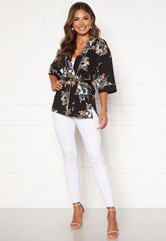 Happy Holly Jelena kimono blouse Black / Patterned Bubbleroom.se