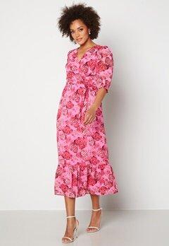 Happy Holly Linn maxi dress Pink Bubbleroom.se