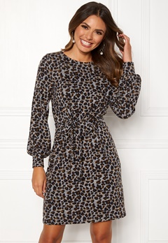 Happy Holly Liz cozy dress Leopard Bubbleroom.se