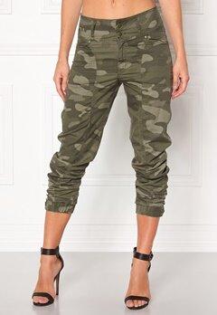 Happy Holly Lottie baggy pants Camouflage Bubbleroom.se