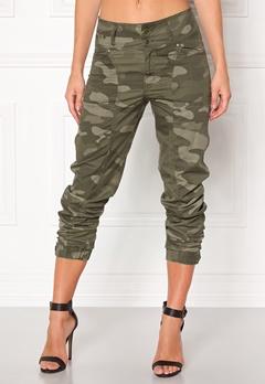 Happy Holly Lottie baggy pants Camouflage Bubbleroom.dk