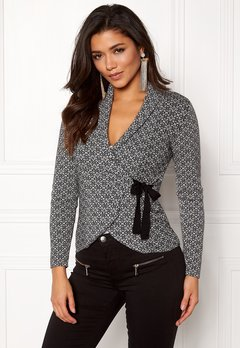 Happy Holly Mona cardigan Black / Offwhite Bubbleroom.fi