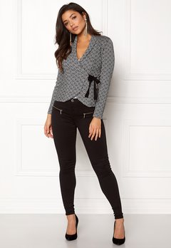 Happy Holly Mona cardigan Black / Offwhite Bubbleroom.se