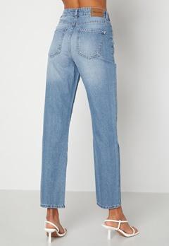 Happy Holly Natalie straight leg jeans Medium denim Bubbleroom.se
