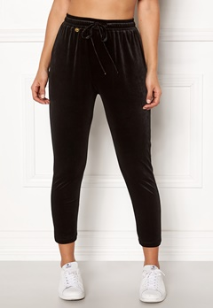 Happy Holly Pearl velour pants Black Bubbleroom.se