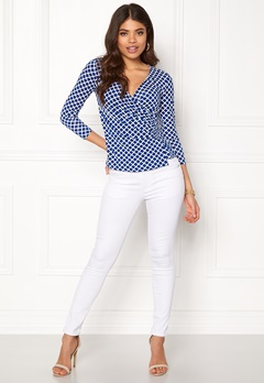 Happy Holly Stella top Blue / Offwhite Bubbleroom.se