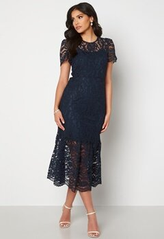 Happy Holly Taylor occasion lace dress Dark blue Bubbleroom.se