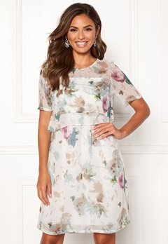 07cc4770eaf5 Happy Holly Teodora occasion dress Patterned Bubbleroom.se