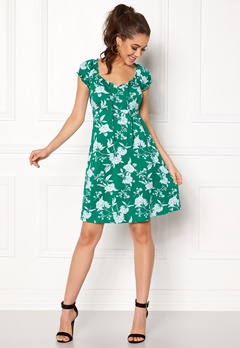 Happy Holly Tessan dress Green / Offwhite Bubbleroom.se