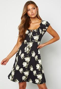 Happy Holly Tessan dress Patterned / Black Bubbleroom.se