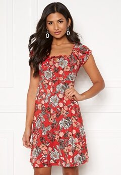 Happy Holly Tessan dress Red / Patterned Bubbleroom.se