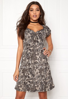 Happy Holly Tessan dress Black / Paisley Bubbleroom.se