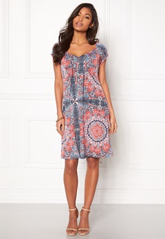 Happy Holly Tessan Dress Pink / Patterned Bubbleroom.eu
