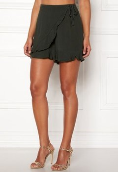 Happy Holly Tilly frill shorts Khaki green Bubbleroom.se