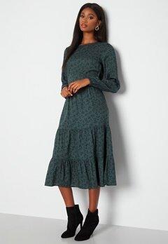 Happy Holly Tris ls dress Green / Patterned bubbleroom.se