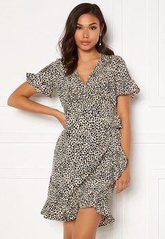 VERO MODA Henna 2/4 Wrap Frill Dress Oatmeal/ AOP: Lizzy Bubbleroom.se