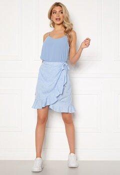 VERO MODA Henna Wrap Short Skirt Placid Blue / Dots Bubbleroom.se