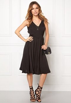 ICHI Collir Dress Black Bubbleroom.se