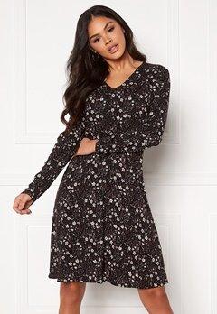 ICHI Janella Dress Black Printed Bubbleroom.se