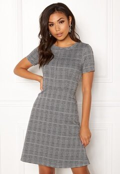 ICHI Kate Check Dress Checked Black Bubbleroom.se