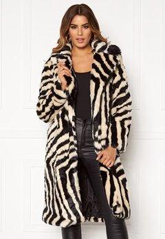 Ivyrevel Faux Fur Coat Black/White Zebra Bubbleroom.se