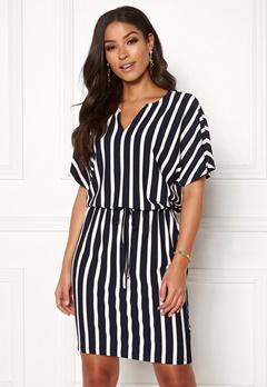 Jacqueline de Yong Alina S/S Dress Navy Blazer/Stripes Bubbleroom.se