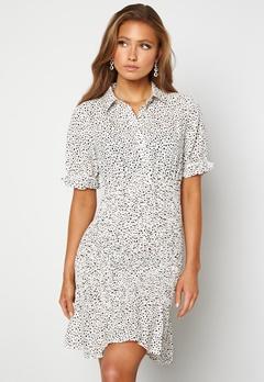 Jacqueline de Yong Dicthe Short Smock Dress White Black Dots Bubbleroom.se