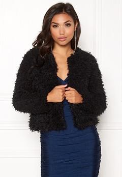 Jacqueline de Yong Elsa Fluffy Short Jacket Black Bubbleroom.se