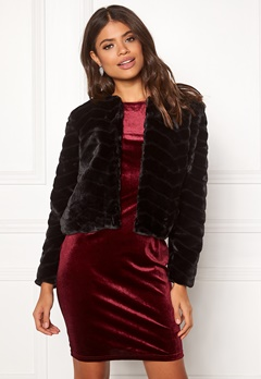 Jacqueline de Yong Evan Short Fake Fur Jacke Black Bubbleroom.se