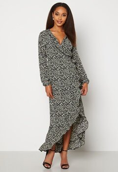 Jacqueline de Yong Jules L/S Wrap Ankle Dress Black AOP Flowers Bubbleroom.se