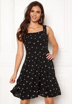 Jacqueline de Yong Victory Strap Dress Black Bubbleroom.se